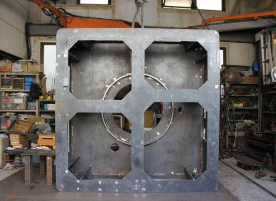 大物フレーム製缶 溶接(サイズ:H800 W2000 D2000 / 材質:SS)