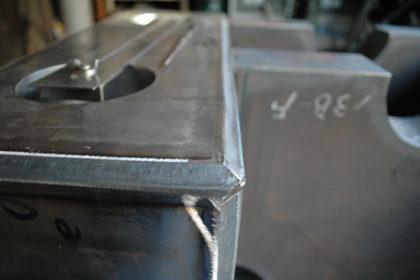 極厚製缶 溶接品 開先取り(ガス切断)