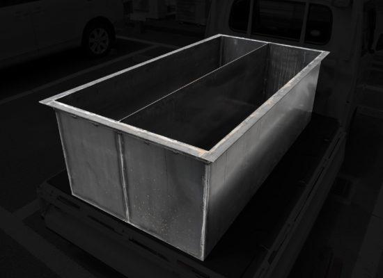 薄物二層式タンク製品 板金 溶接